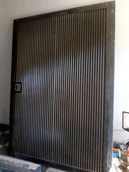 Puerta Bodega Grande Corrediza Metal
