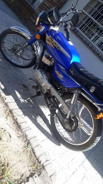 Vendo <strong>suzuki</strong> Ax100 en Exelente Estado