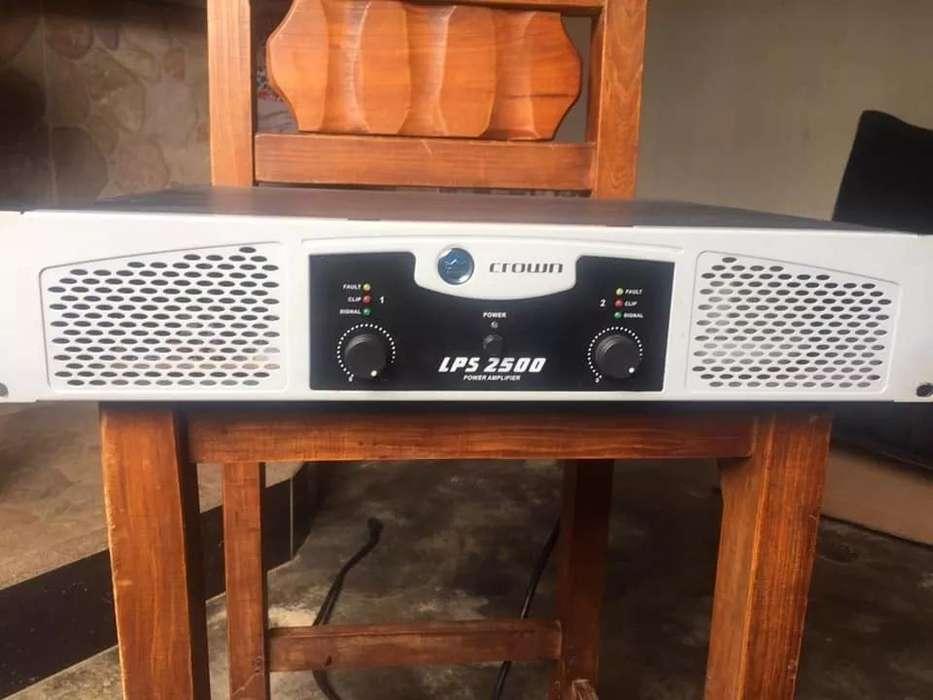 Planta Amplificador De Sonido profesional Cronw Lps 2500 para cabinas