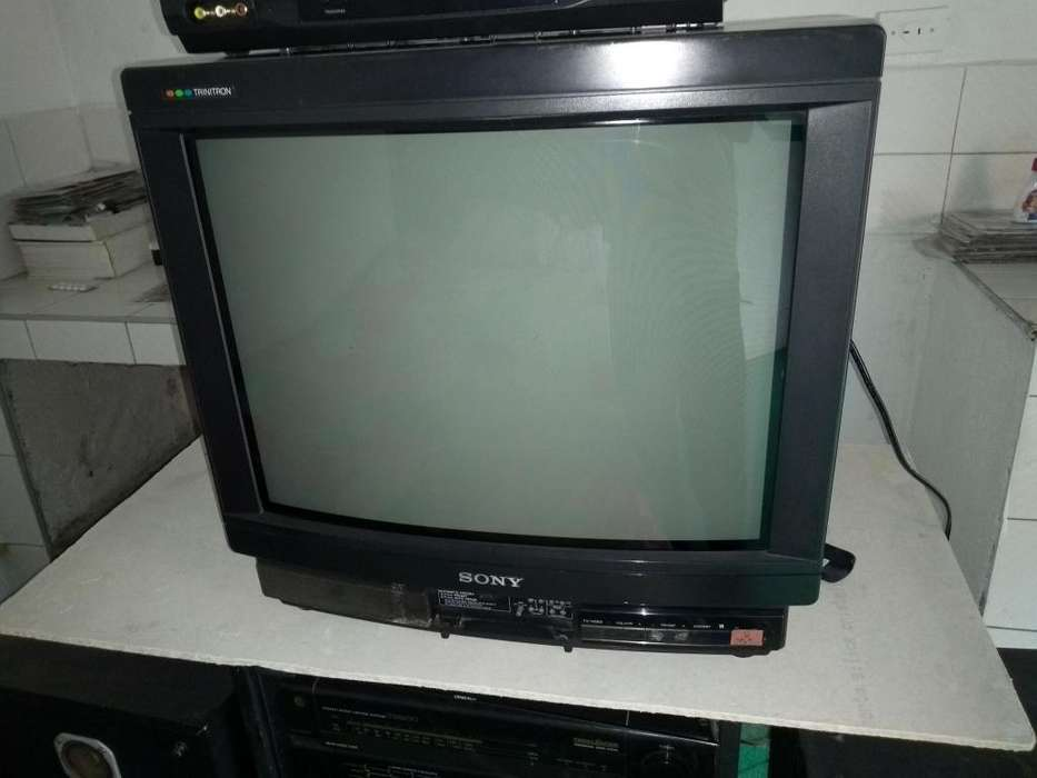 vendo tv convencional sony