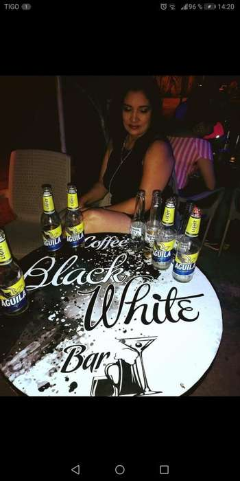Caffe <strong>bar</strong> Black White