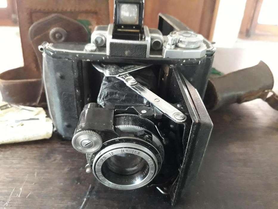 Camara fotográfica Zeiss Ikom