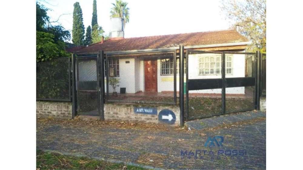 Aristobulo Del Valle 700 - UD 140.000 - Casa en Venta