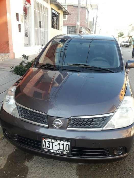 Nissan Tiida 2009 - 100 km
