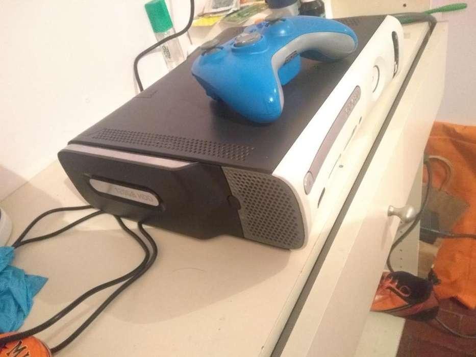 Se Vende Xbox 360 con Disco Duro