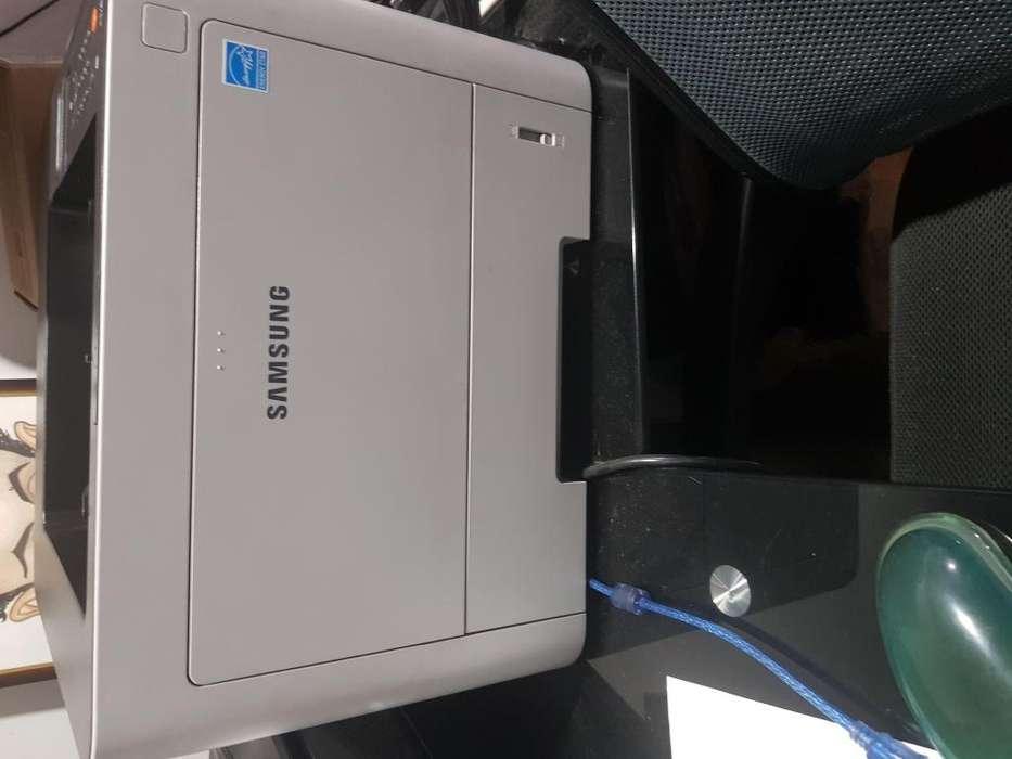 Impresora Laser marca Samsung