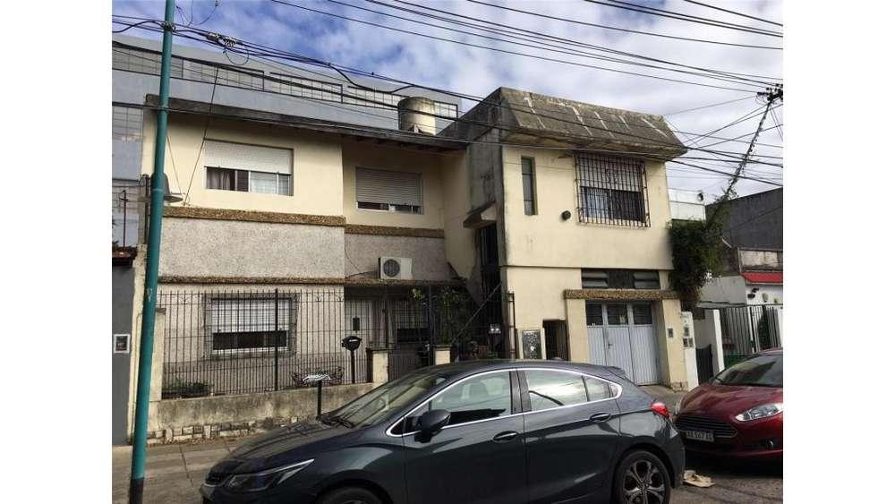 C Pellegrini 1114 - UD 310.000 - Casa en Venta