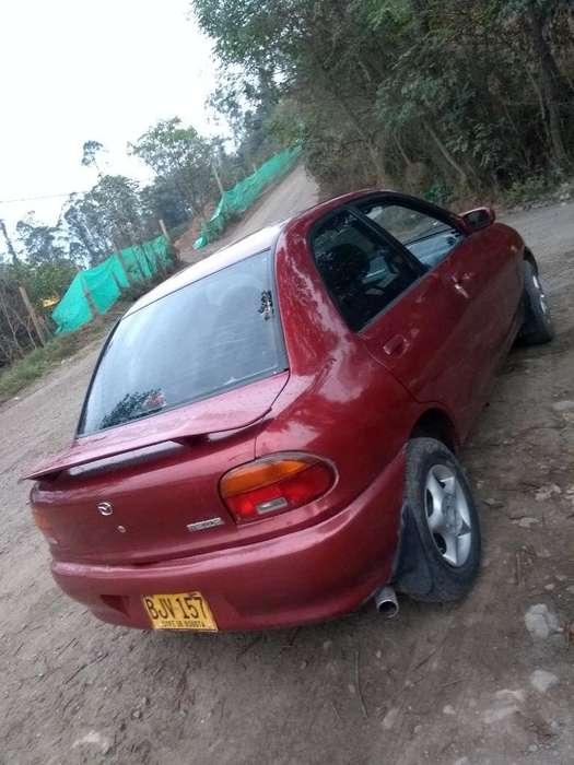 Mazda 121 1998 - 111111 km