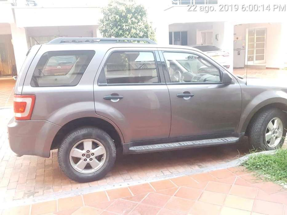<strong>ford</strong> Escape 2010 - 108000 km