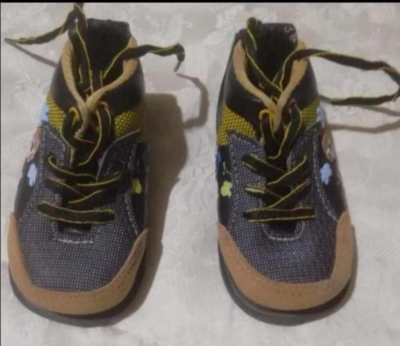 Zapatos Niño (no Tuerce) Talla 22
