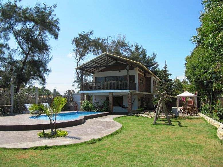 Alquiler Cabaña con piscina y vista al mar en Playas Villamil para 20 personas