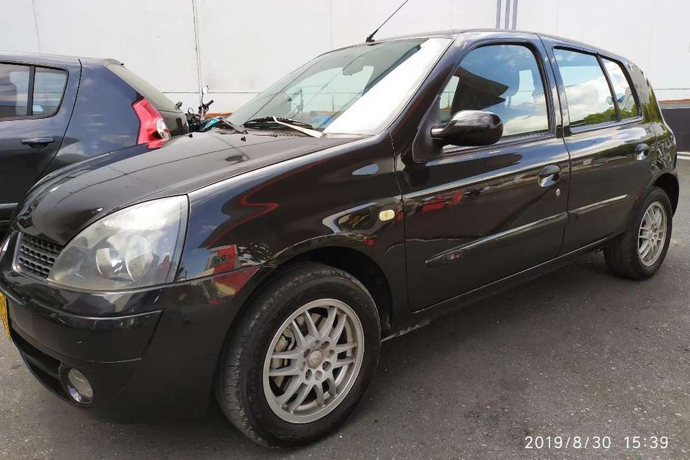Renault Clio  2008 - 124625 km