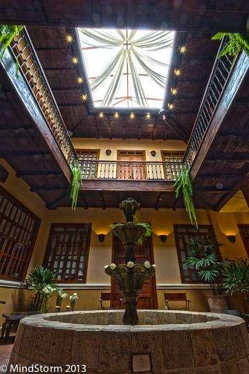 Precio de Remate - Casa Colonial - El Centro Historico Juan Jaramillo y Benigno Malo