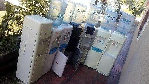 Alquiler de dispenser de agua frio/calor Con Bidon 20 lts