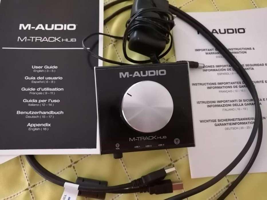 COMERCIALIZO A UN EXCELENTE PRECIO INTERFAZ DE AUDIO M-TRACK HUB.