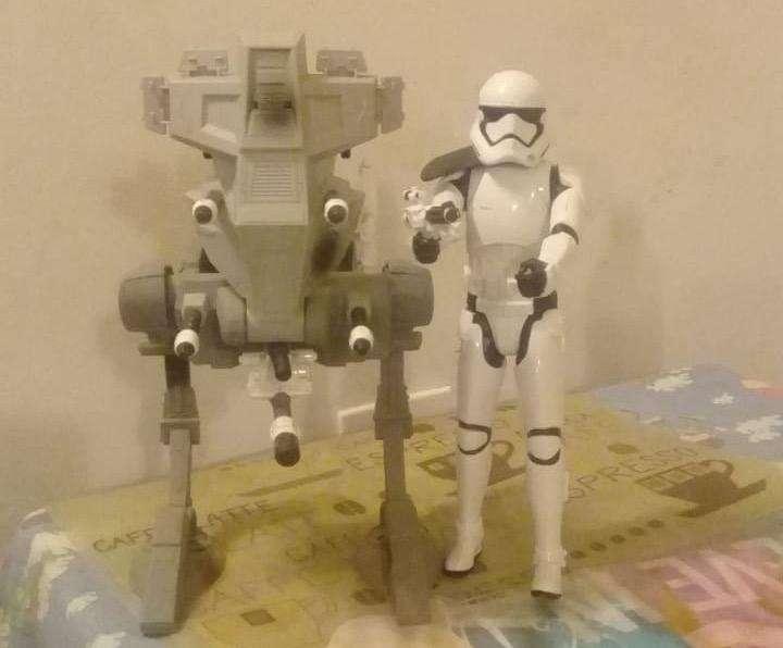 Muñeco de Star Wars con Nave
