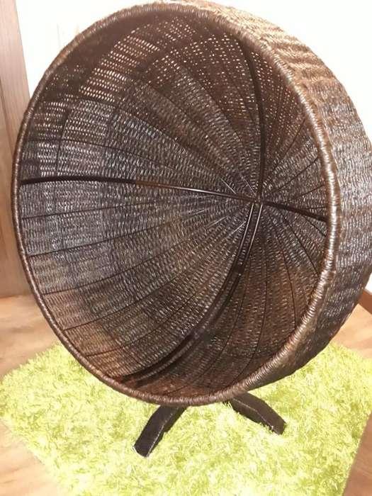 Esfera Mueble Mimbre Sintético color Café Obscuro, estr. hierro; fabricación artesanal