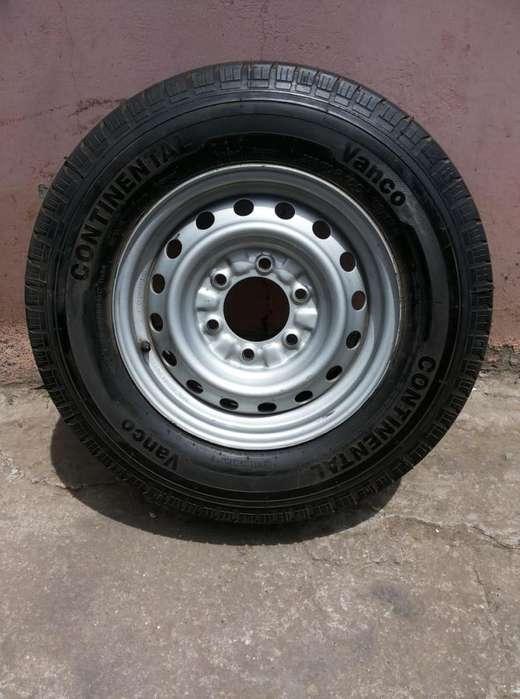 <strong>llantas</strong> Continental Vanco 225/70 R15 , Maxis 226/75 R15