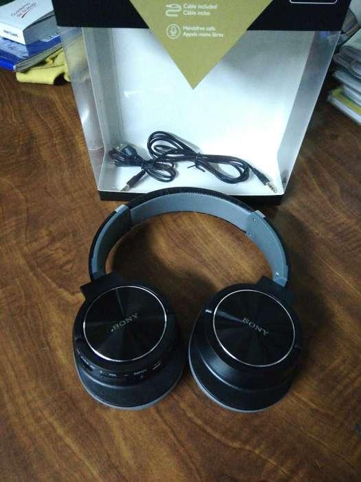 Audífono Tipo Sony a Bluetooth