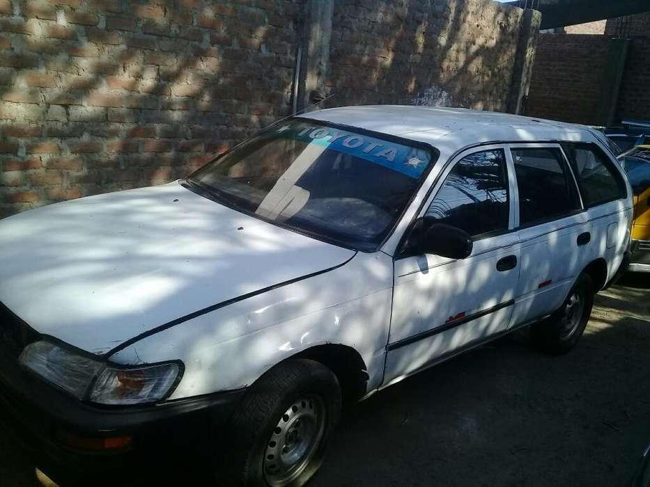 Toyota Corolla 1994 - 250000 km