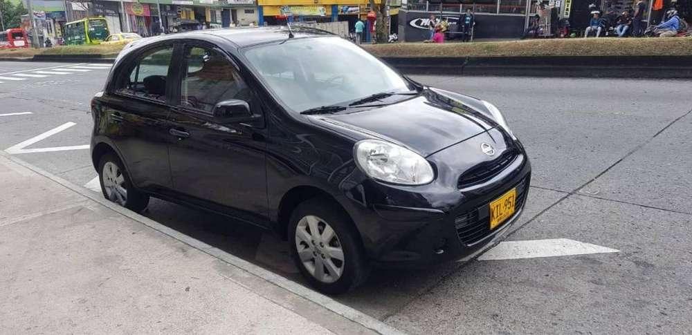 Nissan March 2012 - 90000 km