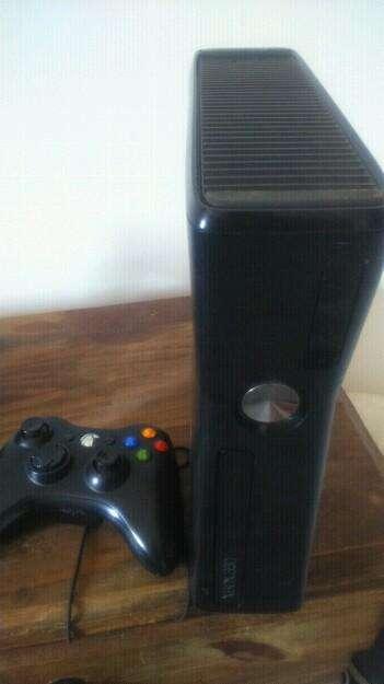 Consola Xbox 360 sin Chipiar con Kinetic