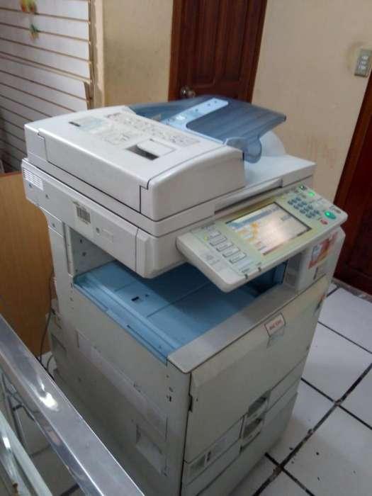 copiadora ricoh aficio MPC4000