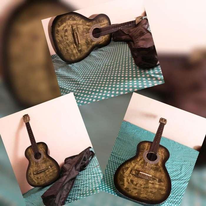 Se vende guitarra en perfecto estado de funcionamiento, incluye en forro y el domicilio