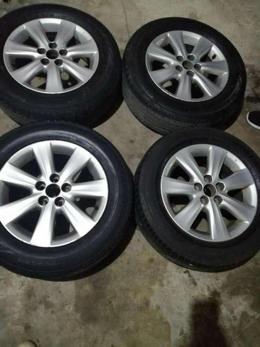 Se Vende Aros Y Llantas de Toyota Coroll