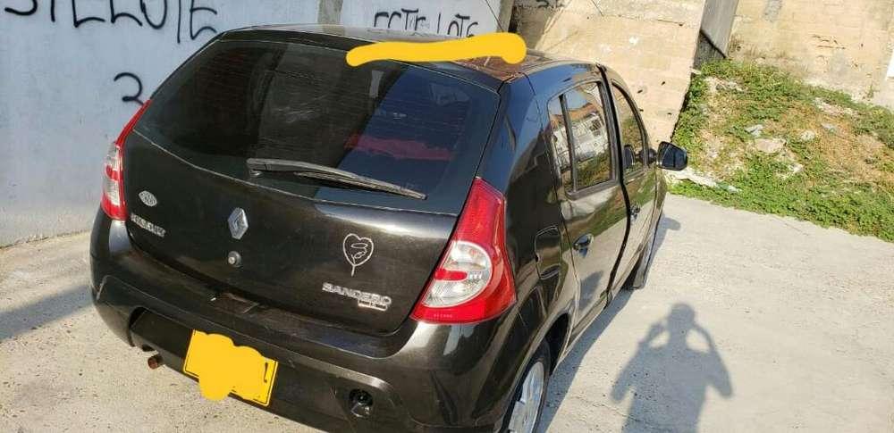 Renault Sandero 2012 - 75000 km