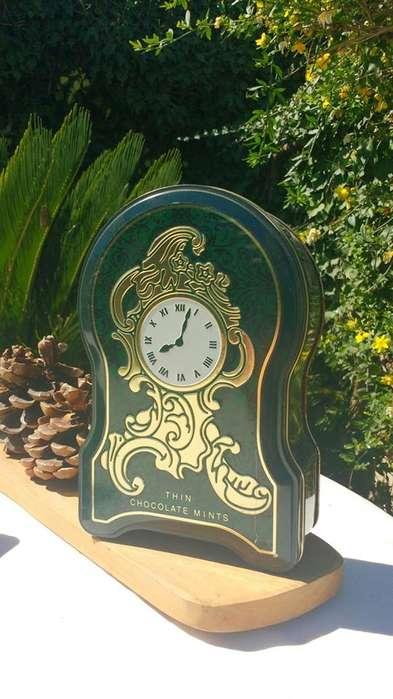 Lata Reloj de After Eight