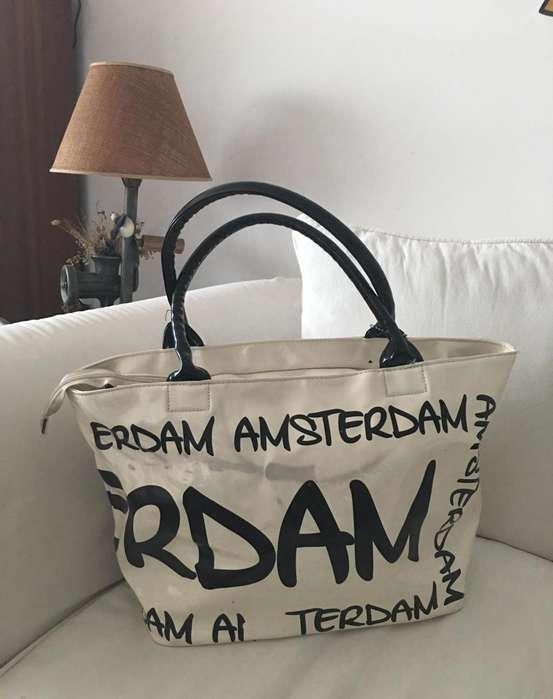 Bolso amplio Robin Ruth Amsterdam 100% PU de 30x50cm Base de: 35x18cm