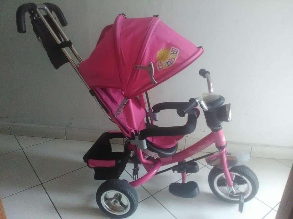 hermoso coche color rosa buen precio perfecto estado