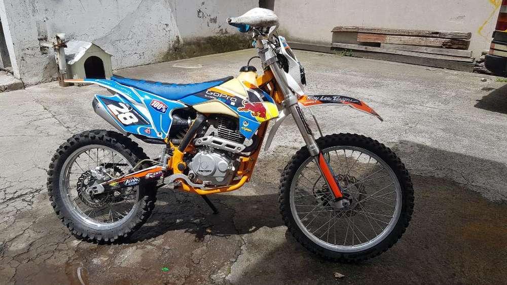 Moto Factory Ak 47