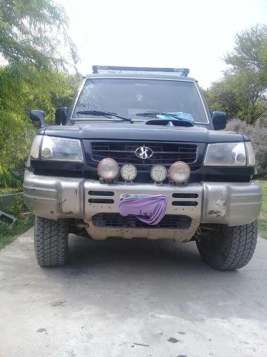 Hyundai Galloper 1998 - 210 km
