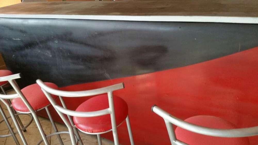 en Riobamba Vendo O Cambio Muebles D Bar