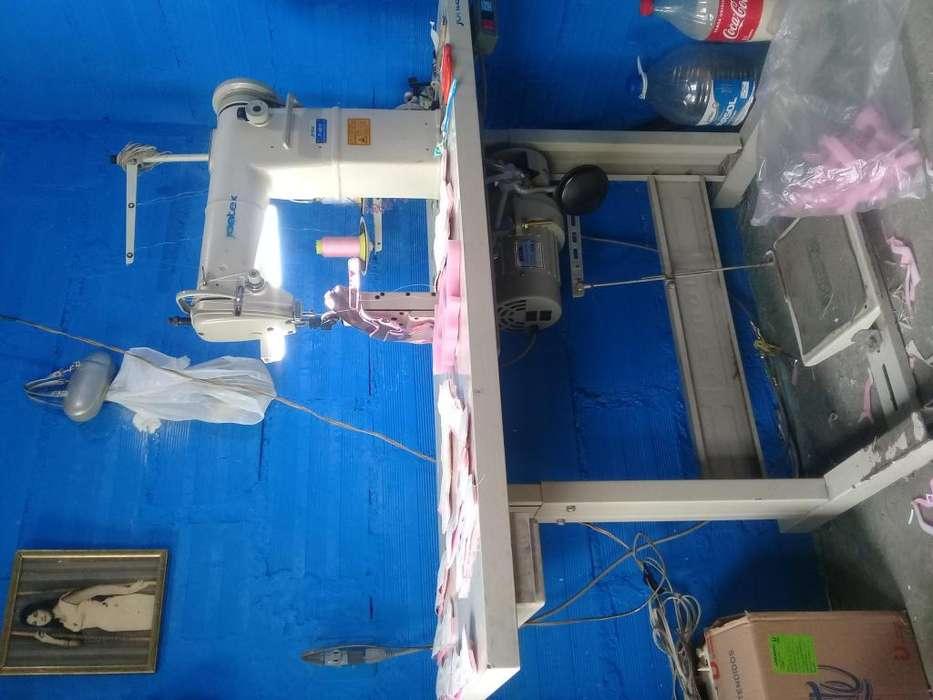 Se vende maquina de coser de poste marca jontexcomo nueva