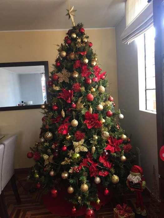 Árbol de Navidad con todo y adornos Christmas Stores