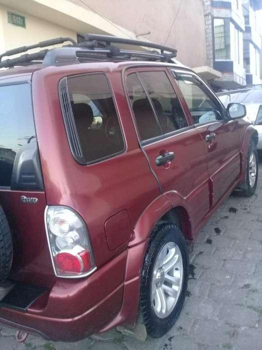 Chevrolet Grand Vitara 2011 - 133 km
