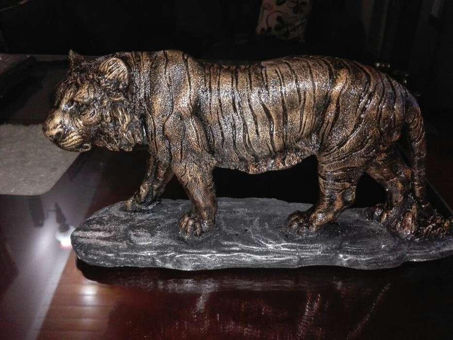Tigre Color Oro Bronce Antiguo