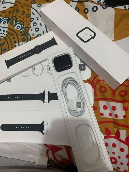 NUEVO Apple Watch Serie 4 44M Negro