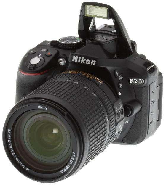 Nikon D5300 con lente 18 55 VR II - Nuevas con gtia