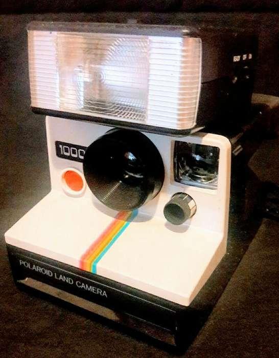 Polaroid Land Camera1000 con Flash