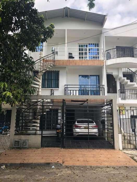 Casa En Venta En Cali <strong>ciudad</strong> 2000 Cod. VBSBI11724