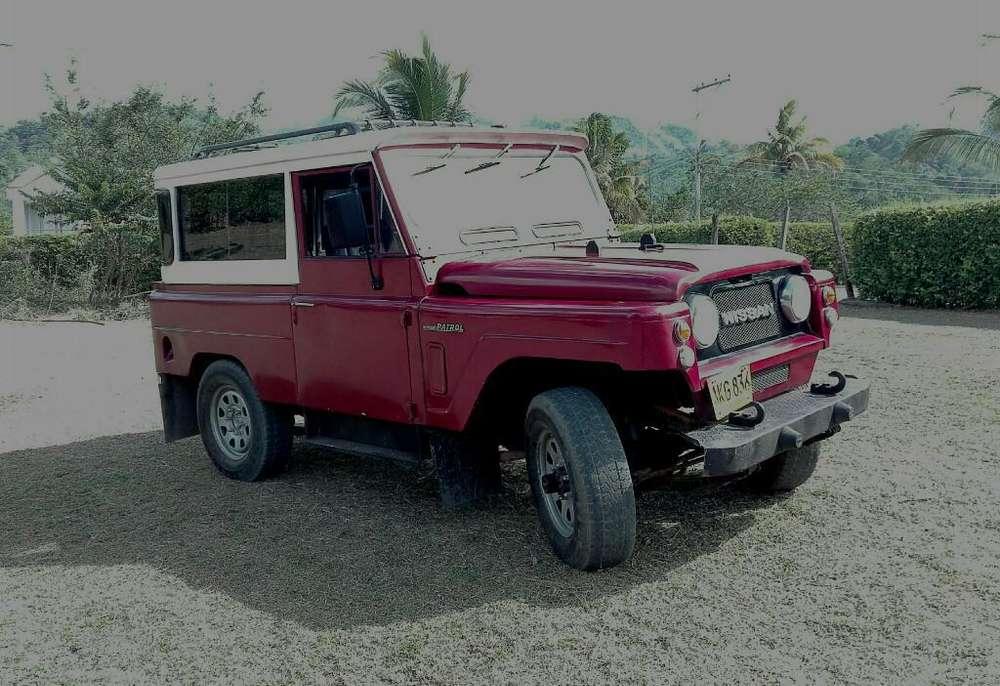 Nissan Patrol  1980 - 100000 km