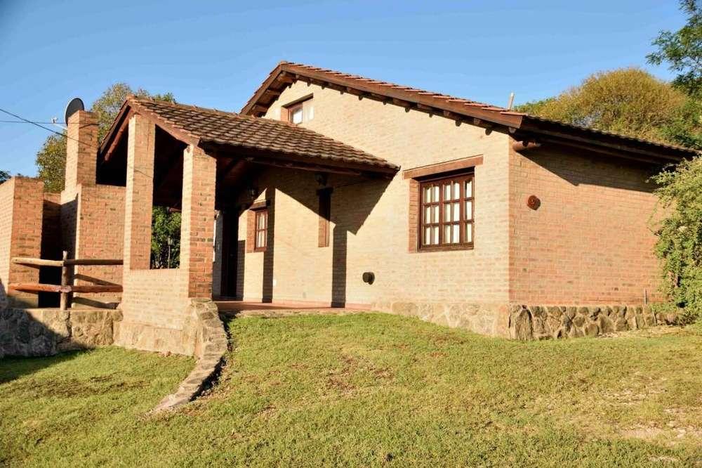 ew88 - Cabaña para 2 a 8 personas con pileta y cochera en Villa General Belgrano