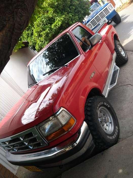 Ford F-150 1995 - 305000 km