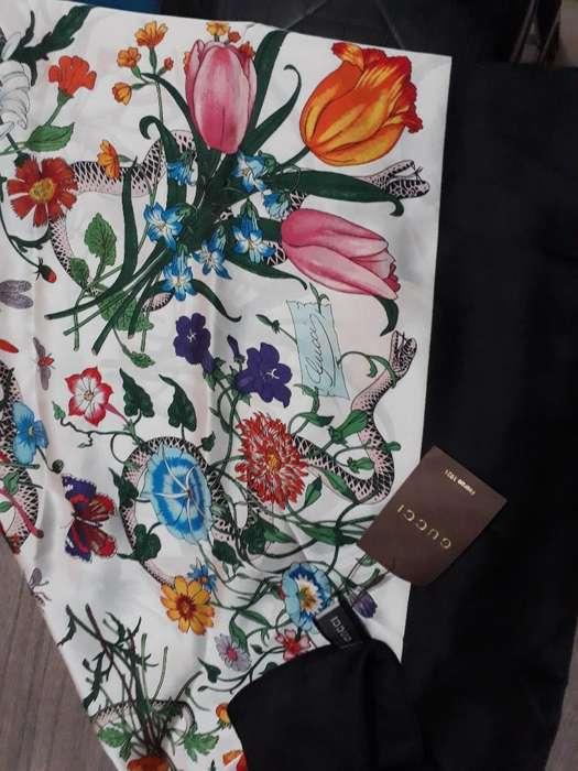 Pañuelo de Ceda Natural Gucci