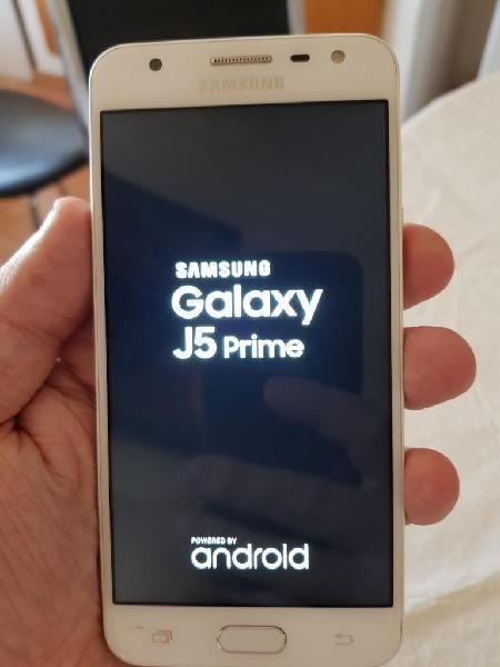 Se vende Samsun j5 prime dorado 32 gb