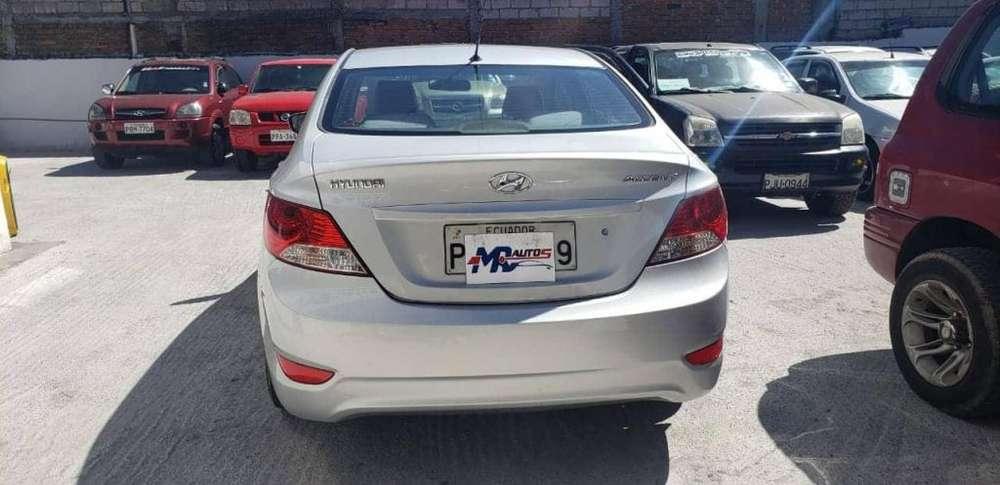 Hyundai Accent 2012 - 90000 km